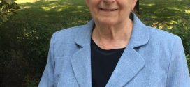† Ignácz Pálné (Marika néni), egykori tanítónk